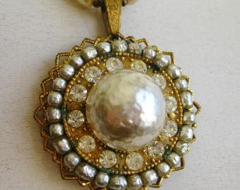 Vintage 50s Miriam Haskell Signed Baroque Pearl Pendant & Chain Necklace