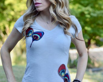 Feathers tee, Womens shirt, Womens tee, aplique tee, aplique, feathers, applique t-shirt, tshirt
