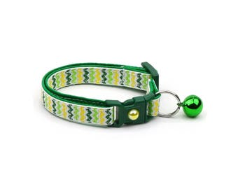 St. Patrick's Day Cat Collar - Shamrock Chevrons - Small Cat / Kitten or Large Cat Collar