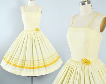 Vintage 50s Dress / 1950s Yellow Cotton Sundress Gay Gibson STRIPE BORDER Print Stripes Full Swing Skirt 3D Floral Garden Party Pinup Xs