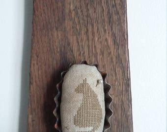 """primitive stitch Cat oval 3"""" mini tart tin balsam fir pin cushion pin keep"""