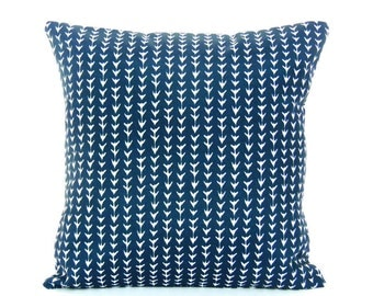 Outdoor Pillow Navy White Decorative Throw Pillow COVER Beach Couch Pillow Cottage Cushion Patio Navy White ALL SIZES Navy Vine Outdoor Sham
