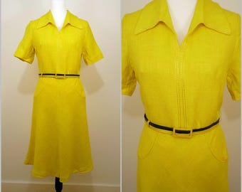 VINTAGE 1970s Funky Retro Bright Yellow Dagger Collar A-Line Day Dress UK 12 FR 40 / Buckle Belt / Linen Blend