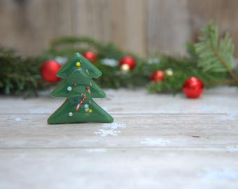 Christmas tree decorative magnet with candy cane, ornaments, forest green, red, white, with super strong magnet, festive home decoration