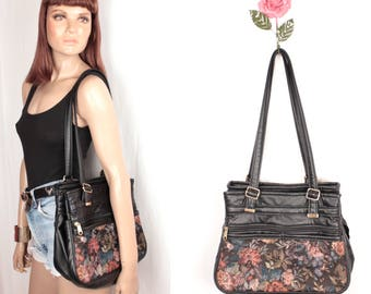 floral tapestry granny bag // tons of pockets