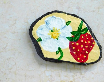 Strawberry Magnet, Handpainted Strawberry, Strawberry Decor, Garden Art, Decorative Slate, Fridge Magnet, Office Magnet, Berries Decor