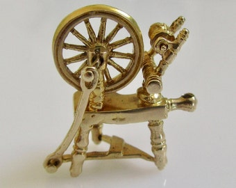 9ct Gold Spinning Wheel Moving Charm
