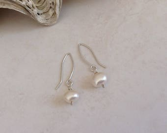 Contemporary Ivory White Freshwater Cultured Pearl Drop Silver Minimalist Earrings