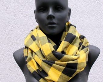 Unisex Infinity scarf, cowl, neckwarmer, checkered cotton 100% black & yellow, lightweight,Extra wide,gift for her, him, modern style,grunge