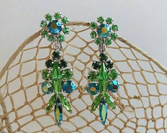 """Stunning 1950's Signed """"Sherman"""" Green & Blue Dangle Clip On Earrings w/ Aurora Borealis Finish- Retro Glamour Bridal Silver Tone Floral"""