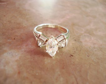 Signed  925 STERLING SILVER & C Z Marquise Center Baguettes Trilliant Fan Spray Accent Vintage Cubic Zirconia Engagement Wedding Ring Size 6