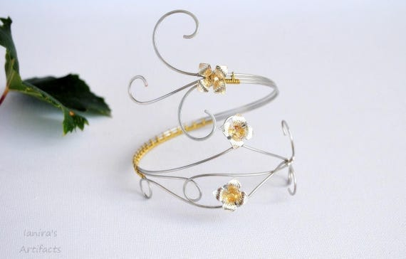 Wire wrapped armband upper arm cuff bracelet armlet with flowers wedding nature bridal jewelry handmade gold silver gifts