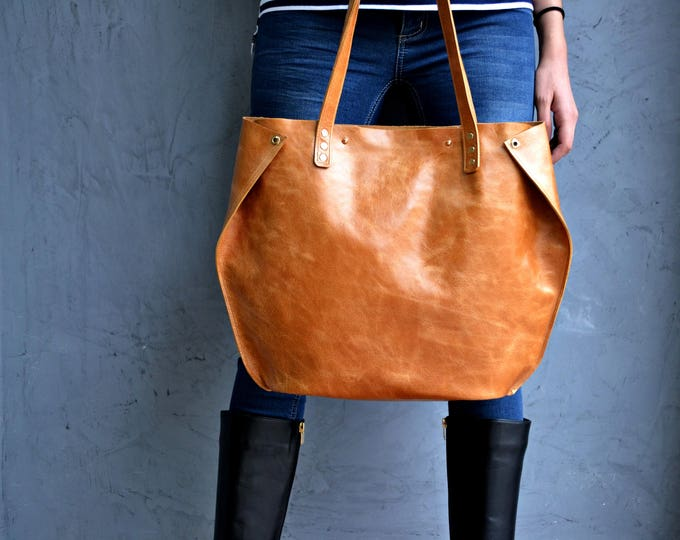 Featured listing image: Bronze Leather Tote Bag