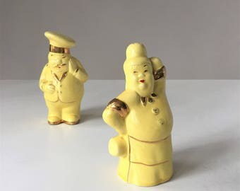 Chef and Wife Salt and Pepper Shakers, Vintage Chef Salt Shaker, Italian Chef Decor, Humorous Kitchen Decor, Yellow Kitchen, 1940s Kitsch