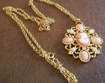 "AVON Romantic Poet Necklace - Heirloom Cameo Style with Long 24"" Gold GP Twisted Rope Chain - Vintage 1992"