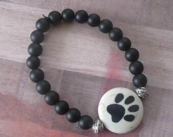 Dog Lovers Beaded Stretch Bracelet, Large Paw Print Focal, Black Matte Bead
