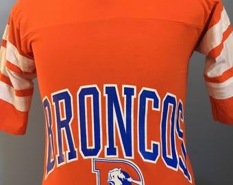 80s Vintage Denver Broncos nfl football T-Shirt - SMALL
