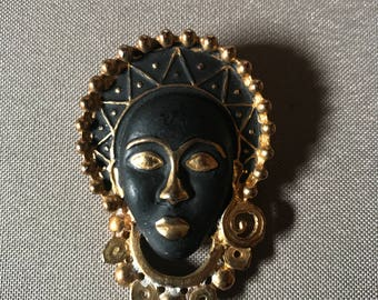 Vintage Gold Black Tone Brooch