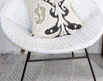 Cushion cover 40 x 40 American gray IKAT patterns