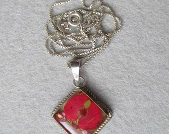 Vintage Sterling Silver & Lucite with Embedded Red Dried Flowers Pendant Necklace