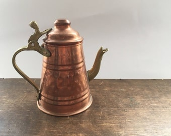 Vintage copper kettle Copper lidded can Farmhouse kitchen decor Cottage Shabby kitchen
