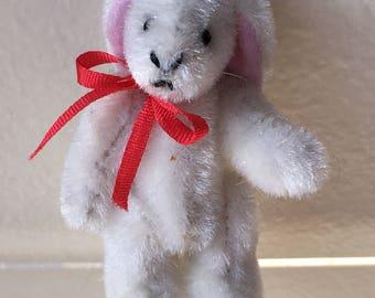 Dollhouse Miniature White Bunny Rabbit  (JL)