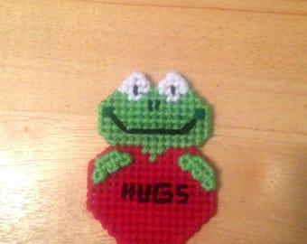 Frog Valentines Magnet, Critter Magnet, Valentines Day Gift, Frog Gifts, Gift for Kids, Kids Magnets, Hugs Magnet, Frog Magnet