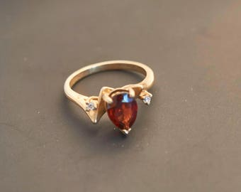 14K Yellow Gold  - Garnet Pear & Diamond Accent Ring, Natural Garnet  1.0 Carat