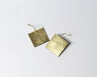 Earring square brass