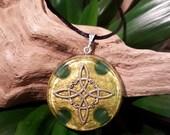 Aventurine Orgone Pendant -  Witch's Knot - Heart Chakra - Handmade Healing Jewellery and Spiritual Gift - Large