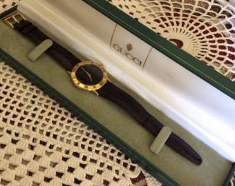 Vintage 1990s Watch GUCCI W/ Original Presentation Box Black Leather Adjustable Wrist Band Back Of Watch Has #0398657