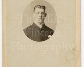 CDV Photo Victorian Handsome Young Man Small Oval Portrait by Carlton & Sons of Horncastle England - Carte de Visite Antique Photograph