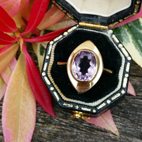 Vintage / 9ct Yellow Gold Art Deco Style Marquise Purple Amethyst Ring / Size N