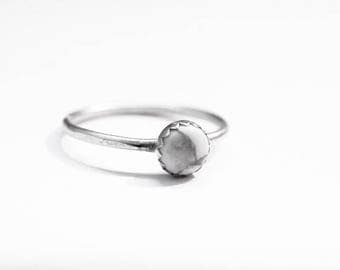 Handmade sterling silver Howlite ring, 6mm gemstone ring, hammered ring, stacking ring, serrated bezel