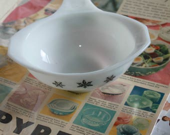 Pyrex Snowflake Black and White Bowl. Heat Resistant Glass Kitchen Ware.  c1960's Hard to Find Kitchen Collectable