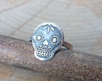 Sterling Silver Skull Ring, Etched Silver Skull Ring, Sugar Skull Ring, Day of The Dead Ring