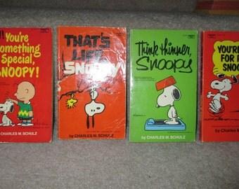 lot of 4 Vintage Charlie Brown Snoopy Peanuts books