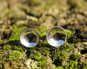 Sterling Silver circle stud earrings - minimal style jewelry, friendship token, hypoallergenic for sensitive ears