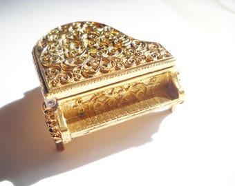Perfume Case Baby Grand Piano Solid Perfume Holder Pill Box Trinket Box Vintage Avon Music Lover Musician Gold Tone