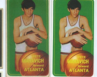 1970 Pistol Pete Maravich Rookie Card MINT or aged VERY hard to find RP Value over 2500 (Check Options for aged vs Mint and Holders)