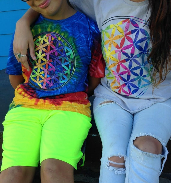 Colorful Flower of Life Rainbow Graphic T-shirt - Boho/Hippie Style Tee - Sacred Geometry Symbol