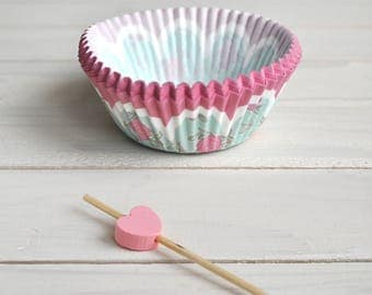 Baking Cups + heart cake topper  - 20pcs - Cupcake Muffin Cups