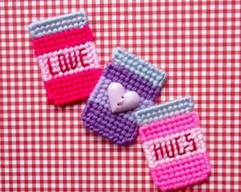 Plastic Canvas: Love and Hugs Mason Jar Magnets (set of 3)
