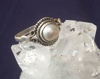 Natural Pearl Ring Silver 92.5 US Size 7 1/4   approx 9mm x 8mm