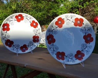 "Set of 2 Vintage Arabia Finland Isokukka Serving Plates 10.25""  (26 cm)"