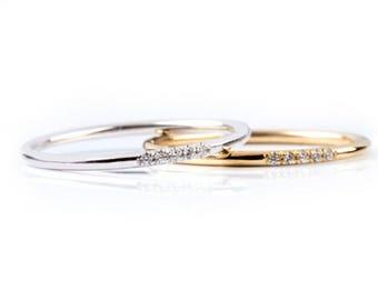 Thin Diamond Ring, Band with 5 diamonds, Diamond Band Ring, Skinny Ring, 1 mm Band Ring, Thin Wedding Band, Gold Stacking Ring, Thin Ring