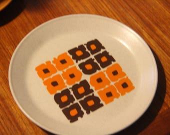 """Johnson of Australia """"Tropez"""" design Bread plate"""
