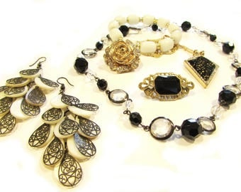 Destash - black and white - gold and crystal - jewelry lot