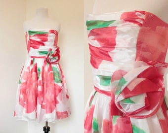 Vintage 1980's Huey Watzer Party Dress// White, Red, and Green Floral Print// Size Small Medium Strapless Fit and Flare Dress