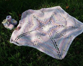 Star-shaped baby blanket